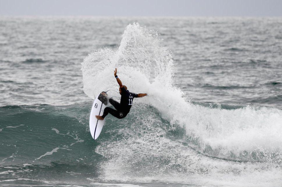 Kelly Slater and Gamma Surfboard at Trestles last season.